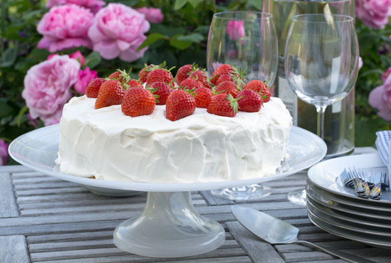 Swedish style strawberry cake