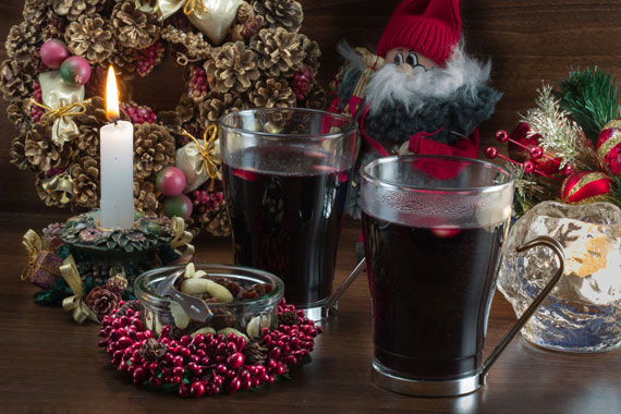Glögg (Swedish mulled wine)